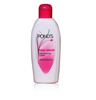 PONDS TRIPLE VITAMIN MOISTURISING LOTION - BODY LOTION - 100 ML