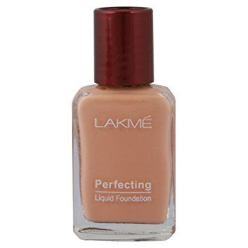 LAKME PERFECTING LIQUID FOUNDATION - 27 ML
